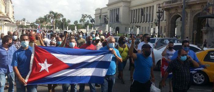 Difendere la Rivoluzione Socialista Cubana